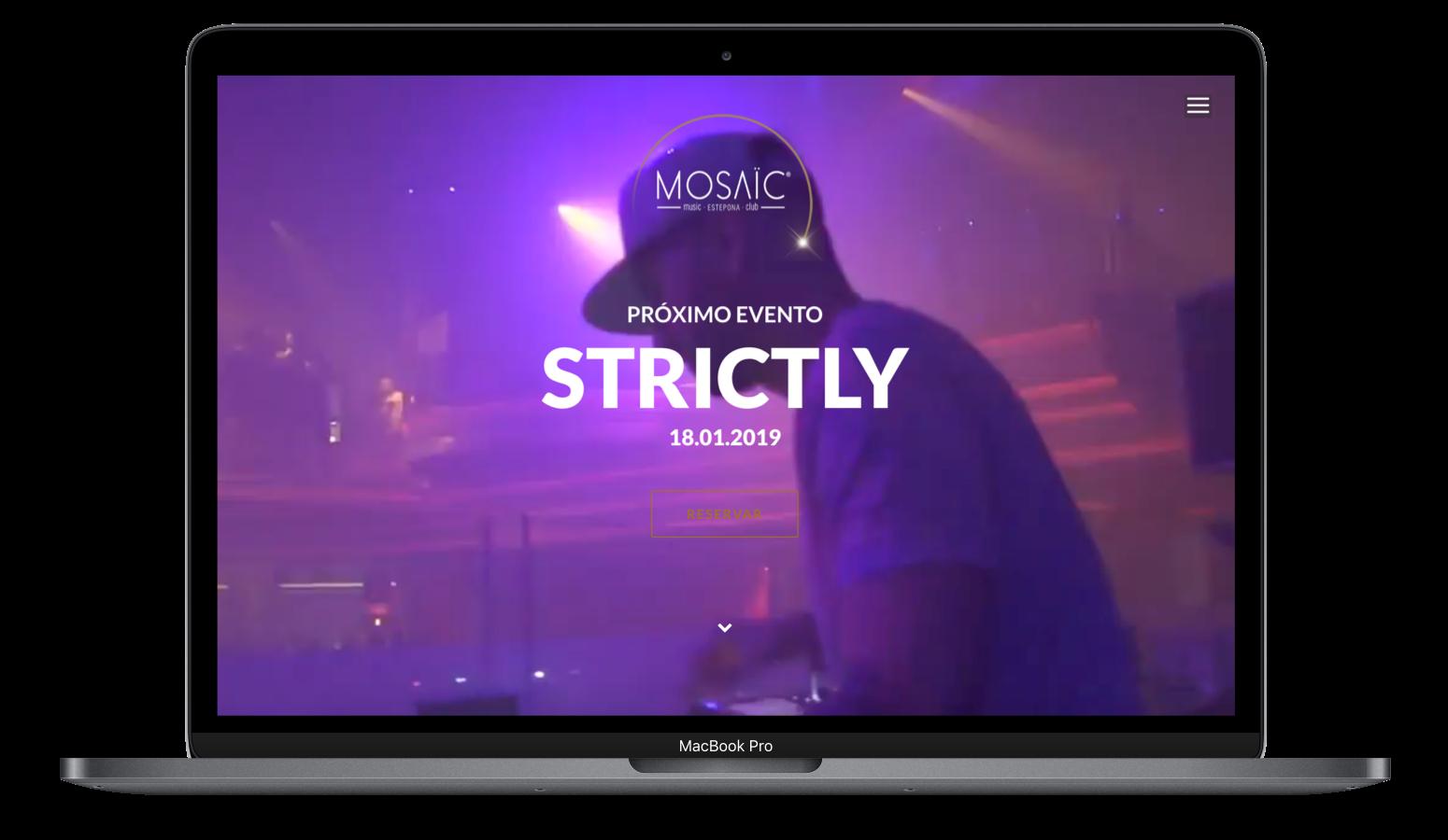 Mac Book Pro con la presentación de la web de Mosaic Music Club