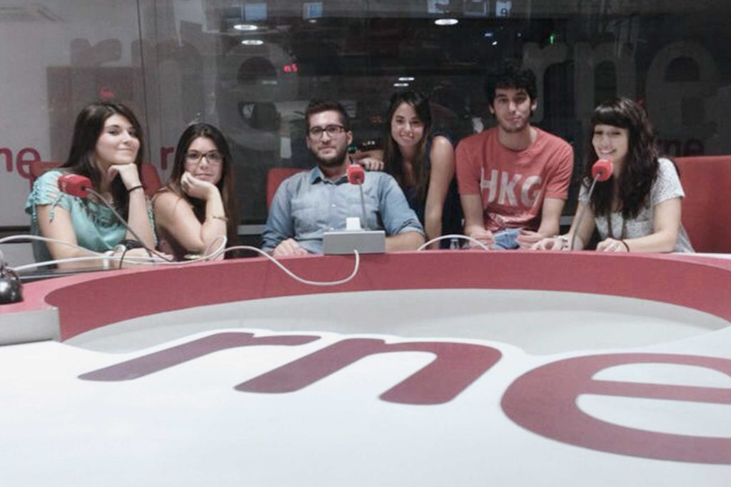 Equipo de Tomando el Fresco. De izq a der: Andrea Briongos, Diana Felix, Cele Díaz, Ana Cortijo, Gonzalo Da Cuña, Raquel Elices.