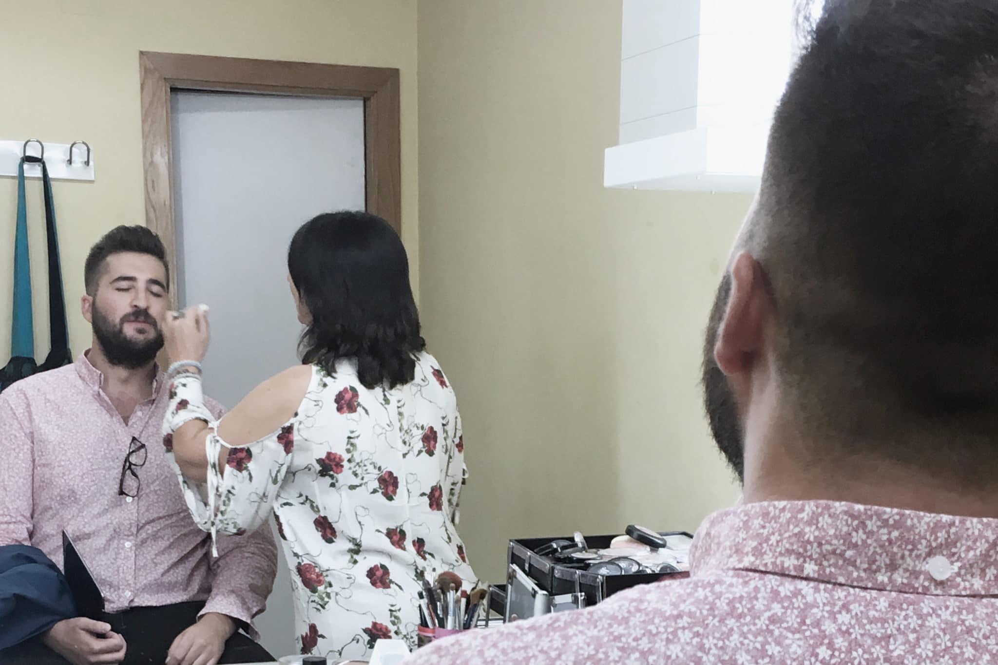 Cele Díaz en maquillaje de la presentación de temporada de InteralmeríaTV