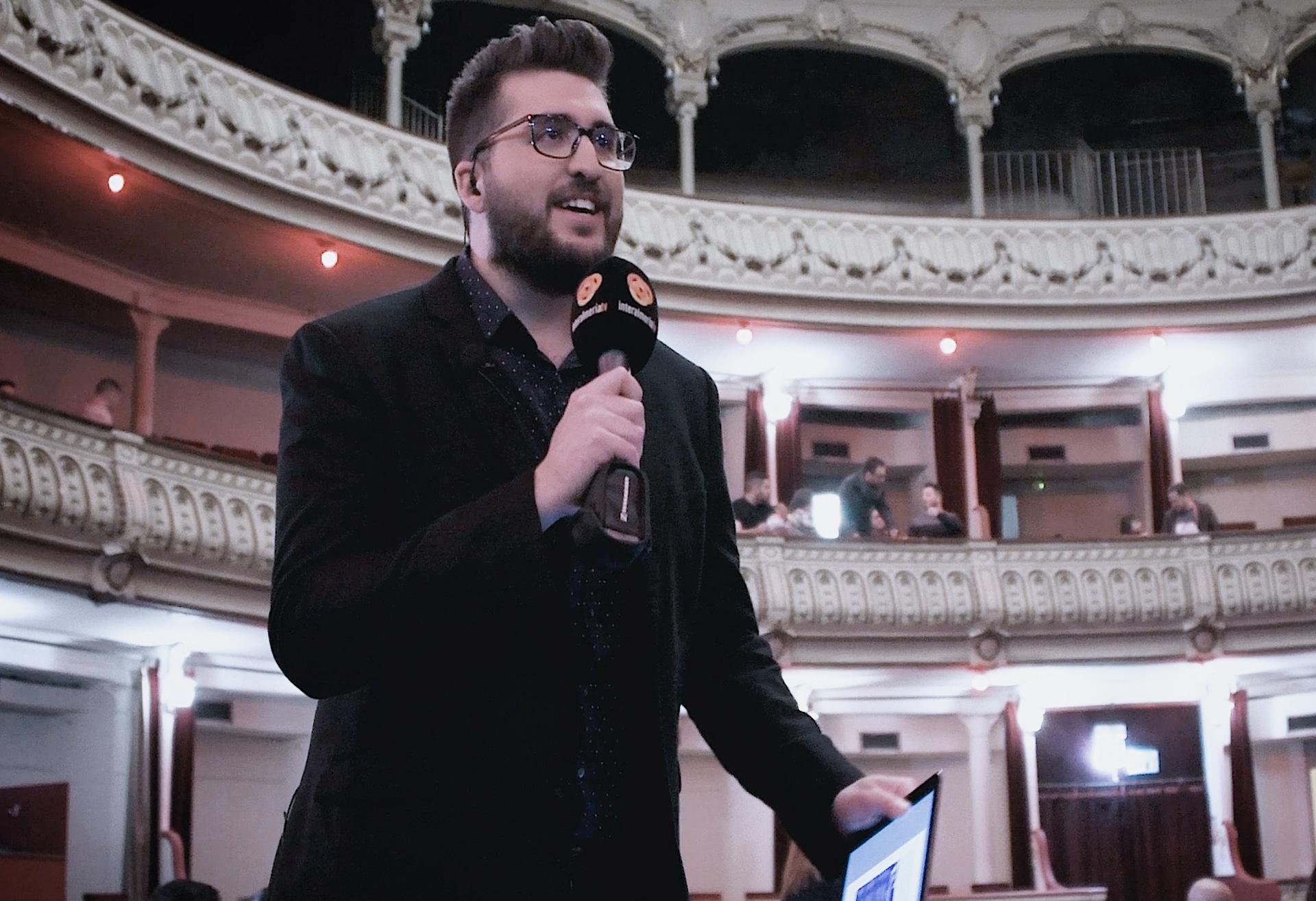 Momento de presentación en las retransmisiones del Carnaval de Almería en InteralmeríaTV
