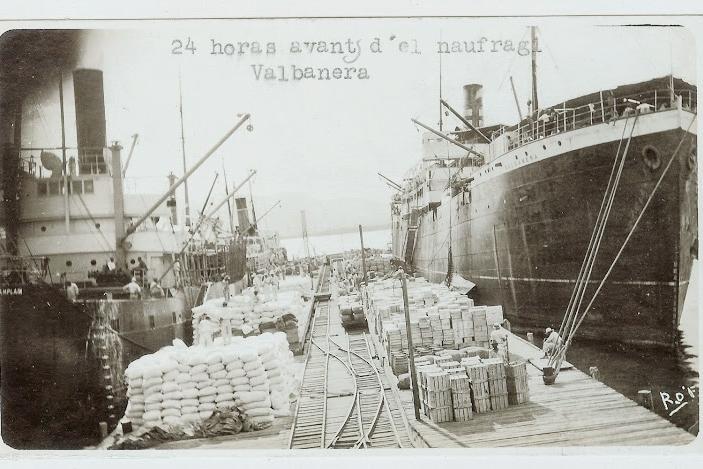 El vapor VALBANERA poco antes de su épico final. Foto-Flickr